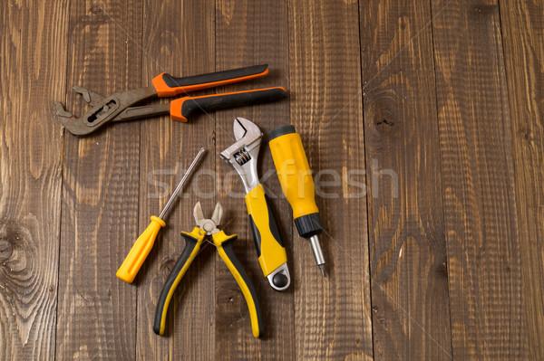 Konieczny narzędzia pracy drewniany stół Zdjęcia stock © dmitroza