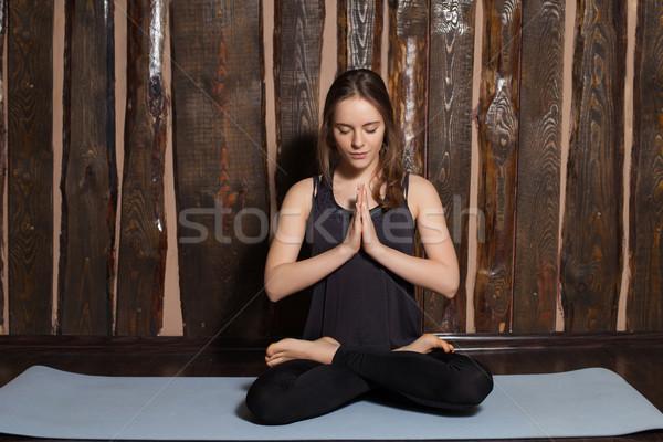Mulher beleza ioga esportes treinamento Foto stock © dmitroza