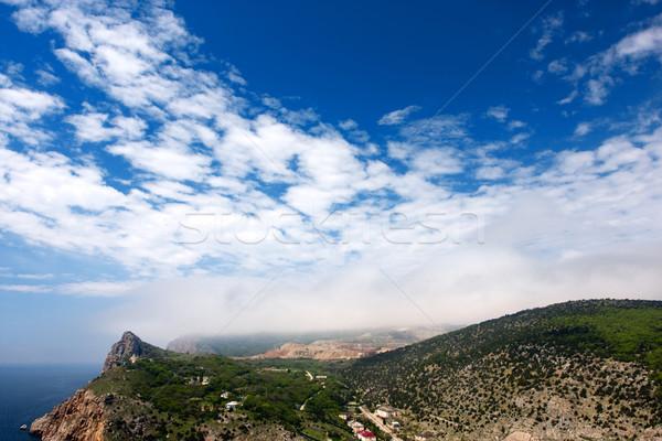 Góry Błękitne niebo zdjęcie niebieski mętny niebo Zdjęcia stock © dmitroza