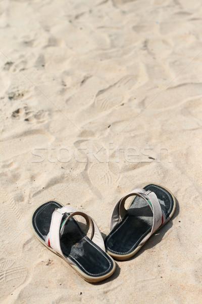 Szandál homok fekete férfi áll nyár Stock fotó © dmitroza