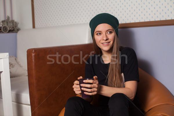 Vrouw koffie drinken cafe thee Stockfoto © dmitroza