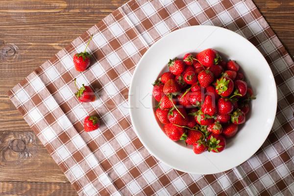 イチゴ プレート テーブルクロス 先頭 表示 甘い ストックフォト © dmitroza
