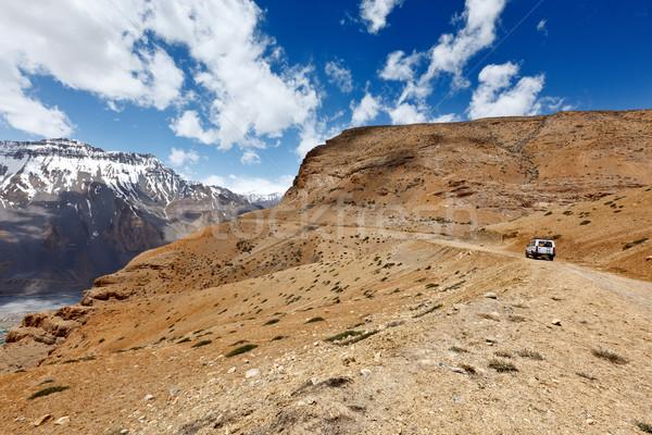 Weg himalayas bergen auto vallei sport Stockfoto © dmitry_rukhlenko