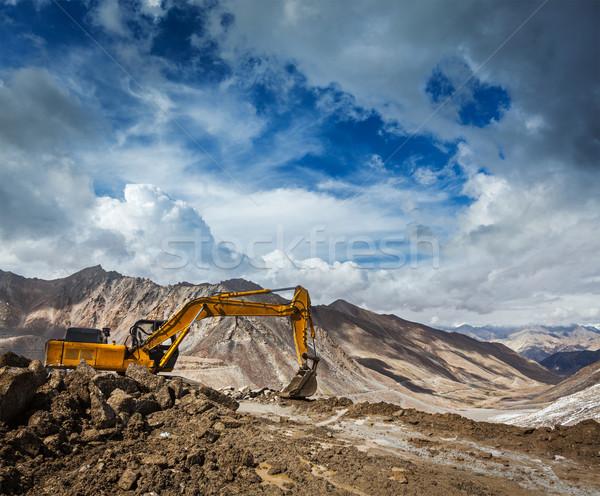 Stok fotoğraf: Yol · yapımı · dağlar · himalayalar · inşaat · dağ · çalışma