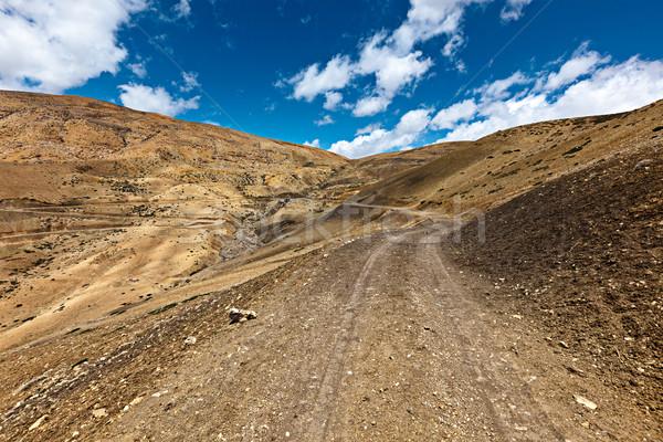 道路 ヒマラヤ山脈 未舗装の道路 山 谷 パス ストックフォト © dmitry_rukhlenko