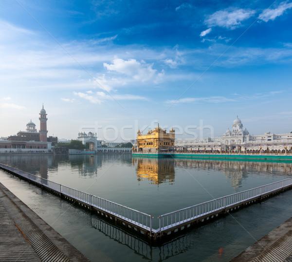 Dourado templo sikh água piscina arquitetura Foto stock © dmitry_rukhlenko