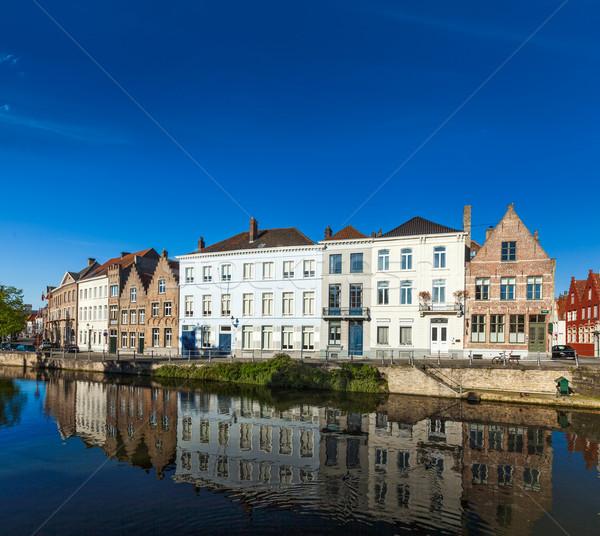 Belgique canal médiévale maisons maison rivière Photo stock © dmitry_rukhlenko