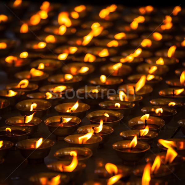 Stok fotoğraf: Yanan · mumlar · budist · tapınak · karmaşık · yangın