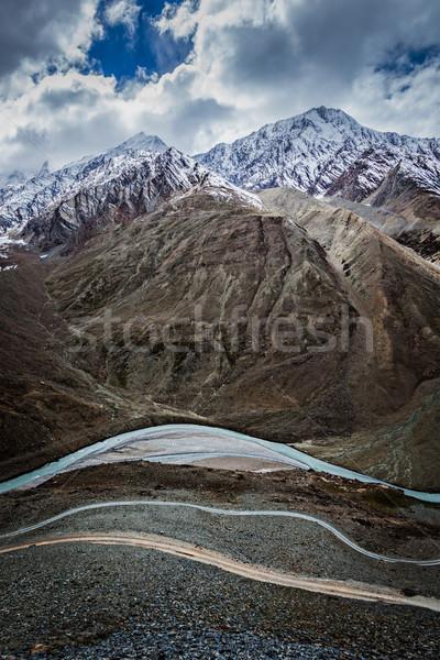 View himalaya India valle fiume strada Foto d'archivio © dmitry_rukhlenko
