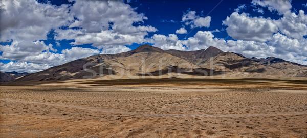Himalayas landschap panorama weg hemel natuur Stockfoto © dmitry_rukhlenko