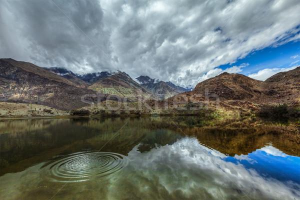 Berg meer himalayas heilig vallei water Stockfoto © dmitry_rukhlenko