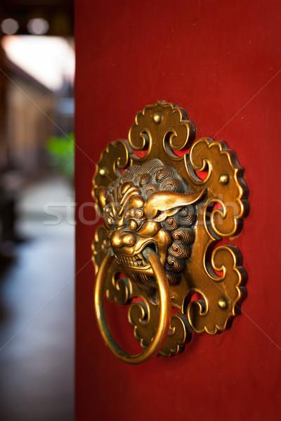 Ajtóküszöb buddhista templom alakú sárkány Szingapúr Stock fotó © dmitry_rukhlenko