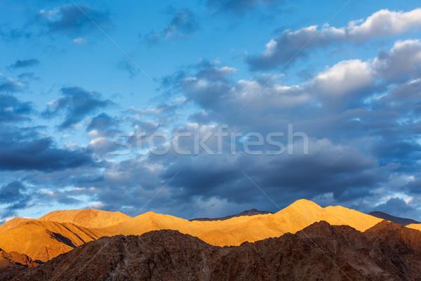 Himalaya montagna tramonto natura skyline nube Foto d'archivio © dmitry_rukhlenko