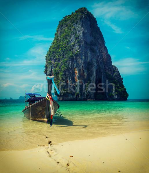 Uzun kuyruk tekne plaj Tayland tropikal plaj Stok fotoğraf © dmitry_rukhlenko