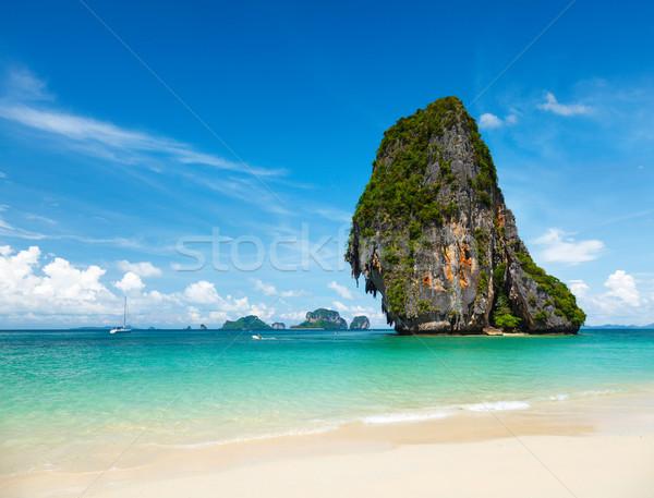 Fantastyczny tropikalnej plaży biały piasek rock morza krabi Zdjęcia stock © dmitry_rukhlenko
