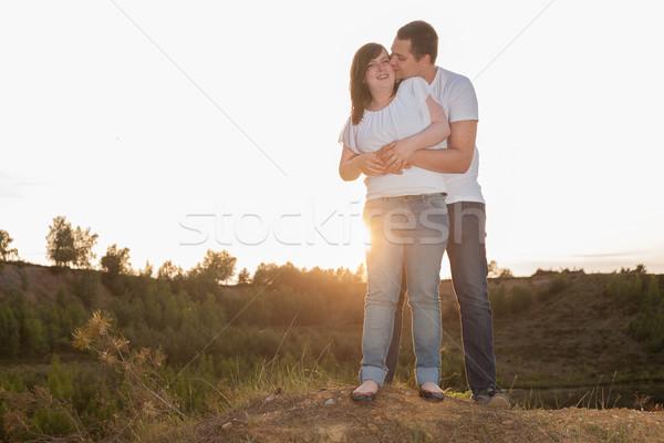 Tatlı sevmek uçurum romantik zaman Stok fotoğraf © DNF-Style