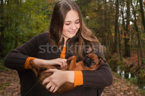 Oynamak köpek genç genç kız güzel zaman Stok fotoğraf © DNF-Style