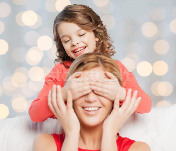 Szczęśliwy matka córka gry odgadnąć gry Zdjęcia stock © dolgachov