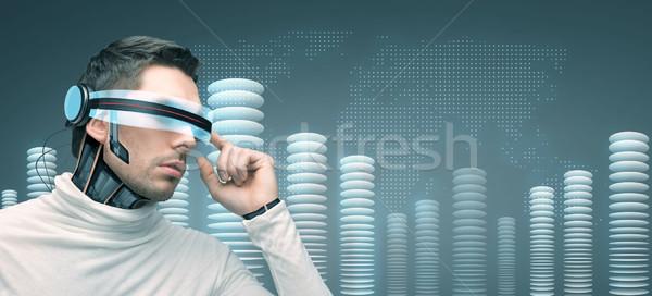 Hombre futurista gafas 3d personas tecnología futuro Foto stock © dolgachov