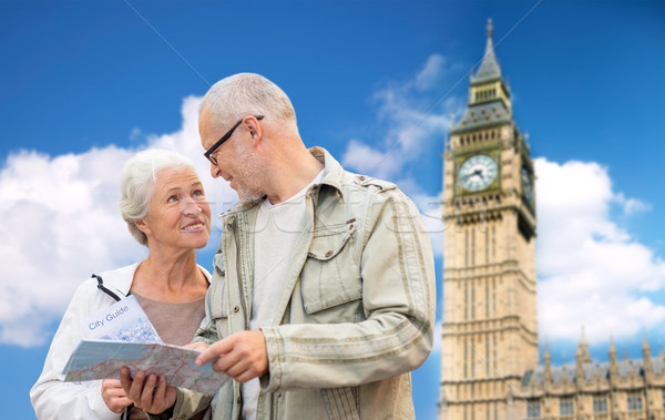 Couple de personnes âgées carte Londres Big Ben tour famille Photo stock © dolgachov