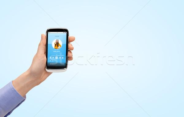 Hand smartphone muziekspeler mensen technologie Stockfoto © dolgachov