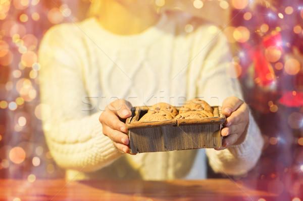 Kadın Noel yulaf kurabiye tatil Stok fotoğraf © dolgachov