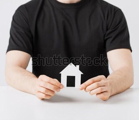 Foto stock: Homem · mãos · papel · casa · quadro