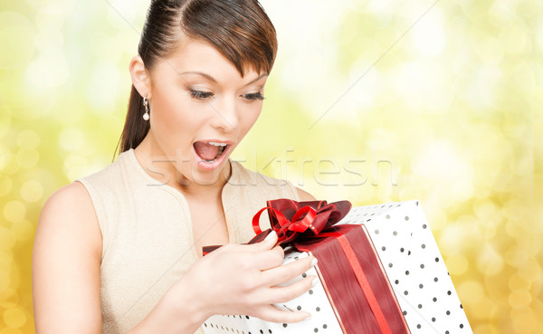 笑顔の女性 赤いドレス ギフトボックス クリスマス 休日 バレンタインデー ストックフォト © dolgachov