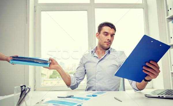 Empresário documentos secretário escritório pessoas de negócios Foto stock © dolgachov