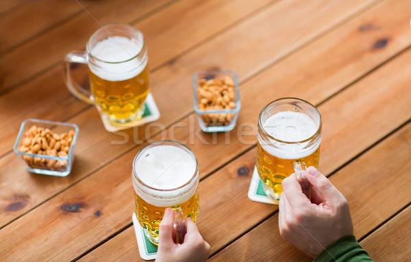 手 ビール バー パブ 人 ストックフォト © dolgachov