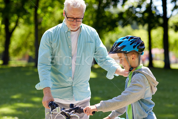 Großvater Junge Fahrrad Sommer Park Familie Stock foto © dolgachov