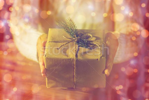 Közelkép nő karácsony ajándék ünnepek ajándékok Stock fotó © dolgachov