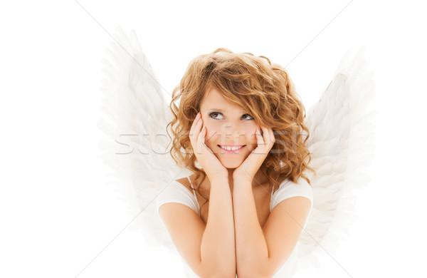 Heureux jeune femme adolescente ailes d'ange personnes vacances Photo stock © dolgachov