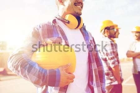 Constructor casco de seguridad edificio artes Foto stock © dolgachov