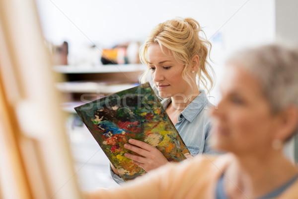 Frau Künstler Palette Malerei Kunst Schule Stock foto © dolgachov