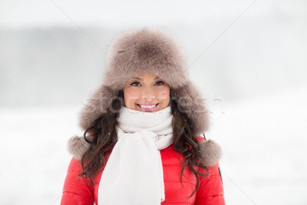 幸せ 笑顔の女性 冬 毛皮 帽子 屋外 ストックフォト © dolgachov