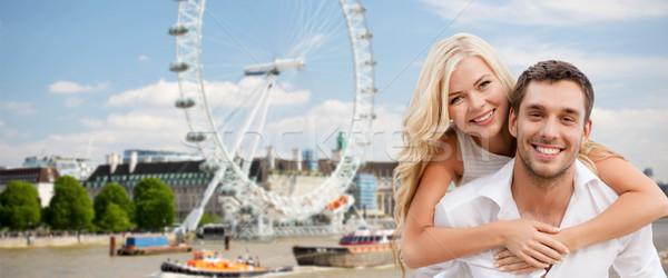 Feliz casal Londres balsa roda Foto stock © dolgachov