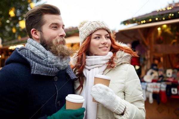 счастливым пару питьевой кофе старый город улице Сток-фото © dolgachov