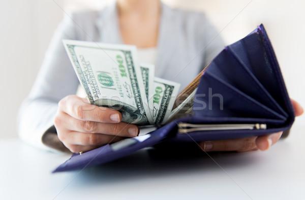 Kadın eller cüzdan para iş Stok fotoğraf © dolgachov