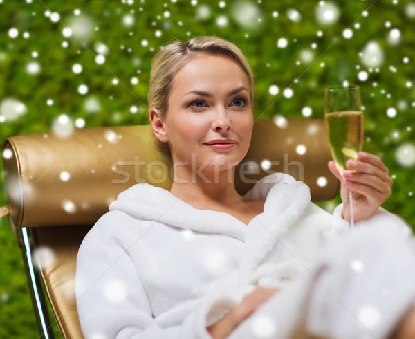 Stock fotó: Gyönyörű · fiatal · nő · iszik · pezsgő · fürdő · emberek