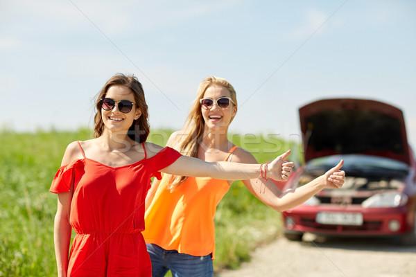 Donne auto rotta campagna strada viaggio trasporto Foto d'archivio © dolgachov