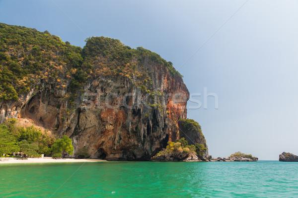 Krabi isla acantilado Tailandia Resort playa Foto stock © dolgachov