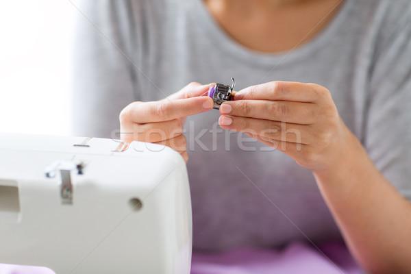 Terzi kadın makara dikiş makinesi insanlar dikiş Stok fotoğraf © dolgachov