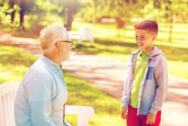деда внук говорить лет парка семьи Сток-фото © dolgachov