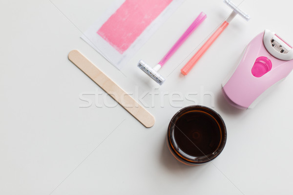 Cheveux enlèvement cire sécurité rasoir beauté Photo stock © dolgachov