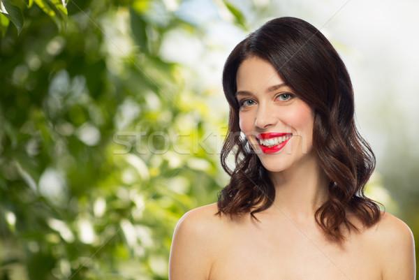 Belo sorridente mulher jovem batom vermelho beleza compensar Foto stock © dolgachov