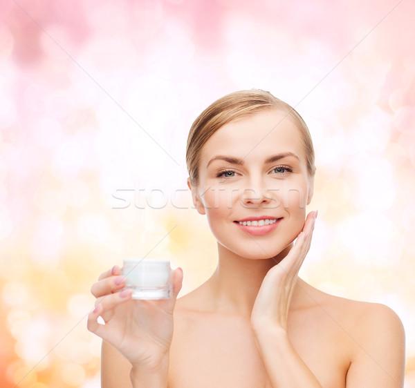 Сток-фото: женщину · кремом · кожи · косметики · здоровья