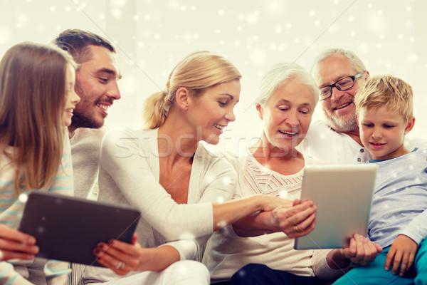 улыбаясь семьи компьютеры домой поколение Сток-фото © dolgachov