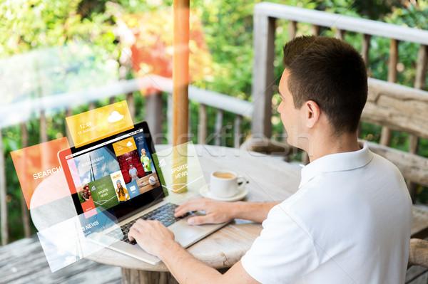 Empresário laptop terraço negócio internet Foto stock © dolgachov