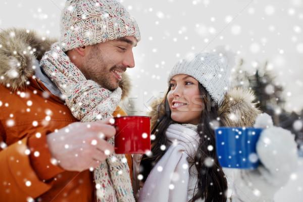 Boldog pár teáscsészék tél tájkép emberek Stock fotó © dolgachov